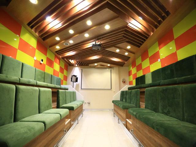 سالن کنفرانس درمانگاه لاوین